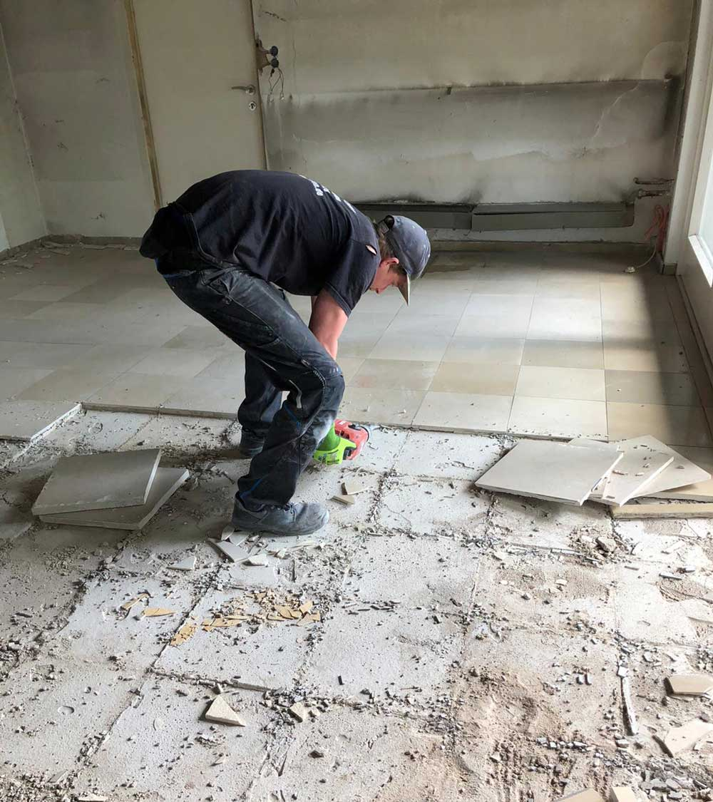 Entkernungsarbeiten - Entfernung von Fliesen | ESD Darmstadt